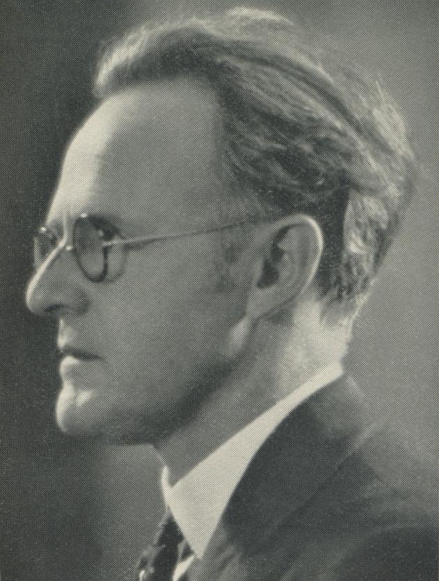 Aylmer Buesst